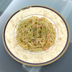 Spaghetti Aglio Olio with Salmon